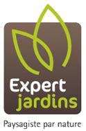 logo du label Expert Jardin inclus dans un rectangle marron et deux feuilles stylisées vertes